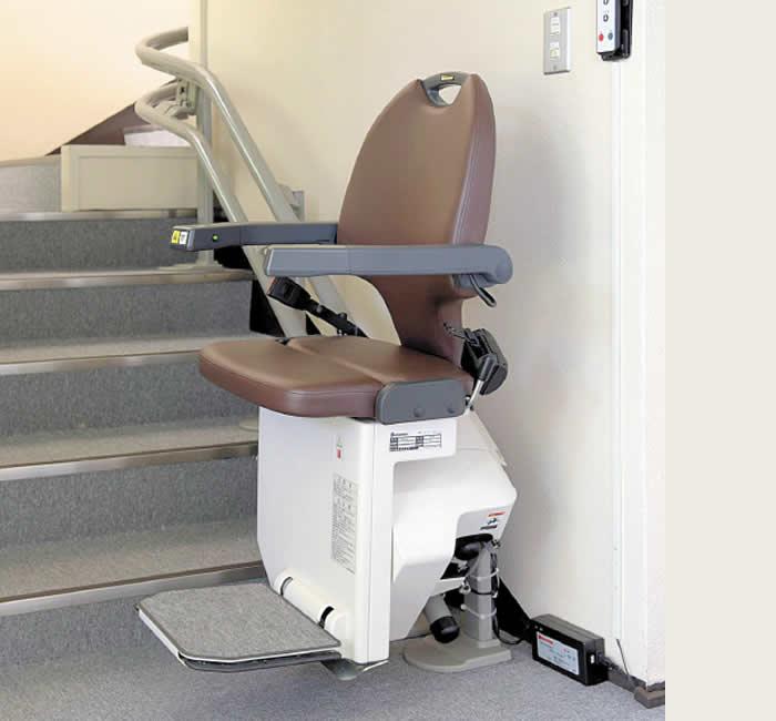 屋内・屋外直線世界一コンパクトな階段昇降機