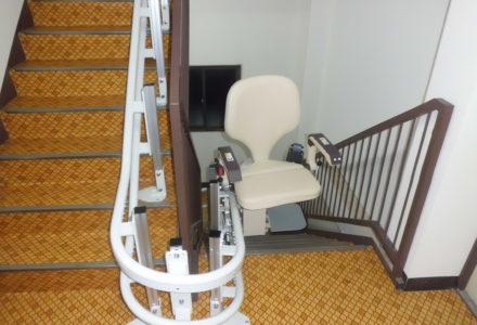 階段昇降機 施工事例78「楽ちん号KFA-R」