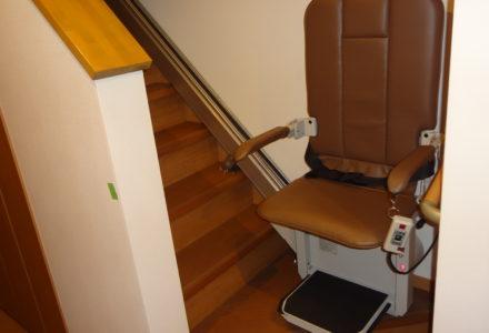 階段昇降機 施工事例80「昇助くんSEC9K-R」