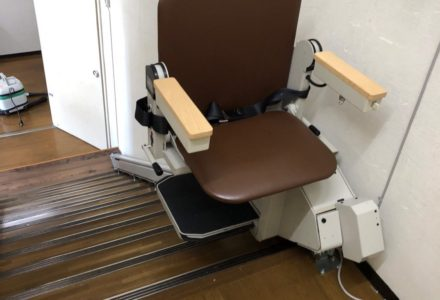 階段昇降機 京都府 施工事例94「タスカルSTⅢ」
