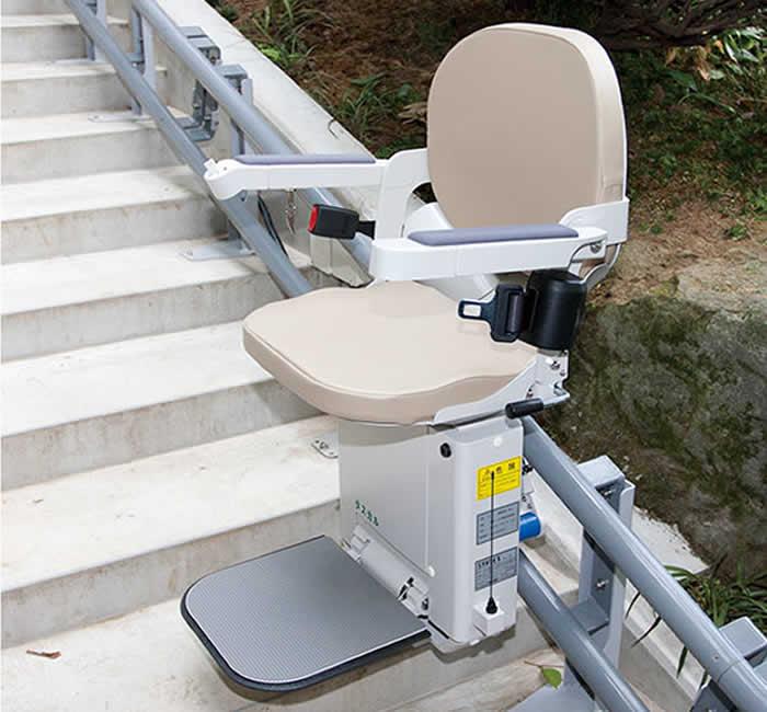階段昇降機 商品案内について