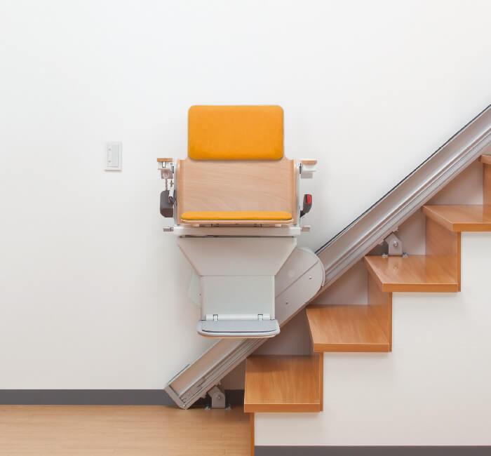 狭い階段に特化したロボットシステム内臓階段昇降機