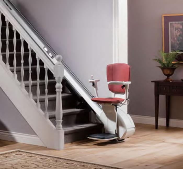 屋内仕様直線型階段昇降機(ジョイス)