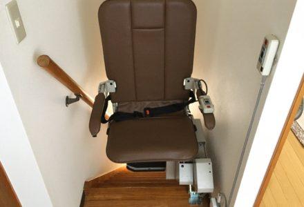 階段昇降機 東京都 設置事例133 「昇助くん SEC9K」