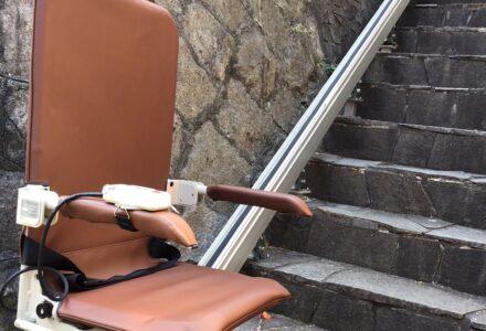 階段昇降機 レンタル 兵庫県 設置事例149「昇助くんSEO9」