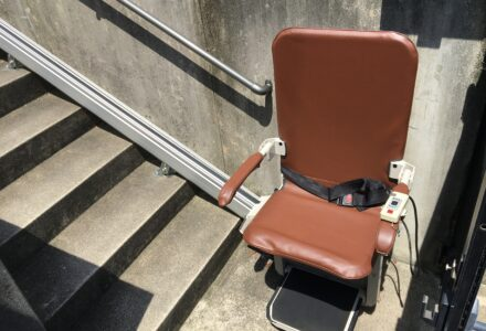 階段昇降機 レンタル 愛知県 施工事例160「昇助くんSEO9」